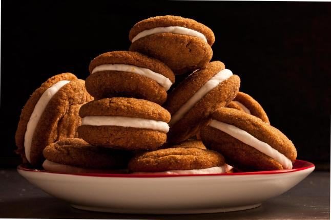 I didn't realize these were real cookies. This picture is from chow.com and here's a recipe so you can make these delicious bad boys: http://www.chow.com/recipes/12009-gingersnap-sandwich-cookies-with-lemon-filling