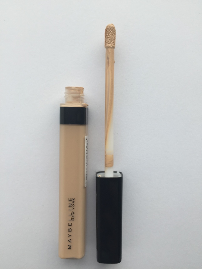 Maybelline Fit Me Concealer in Sand