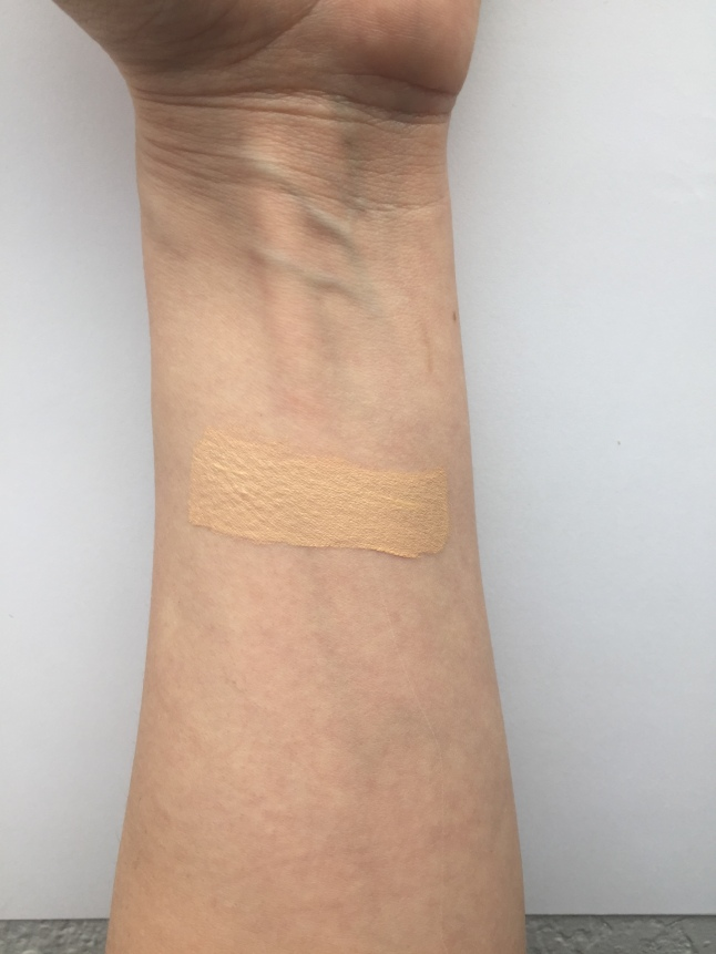 Maybelline Fit Me Concealer Sand Swatch